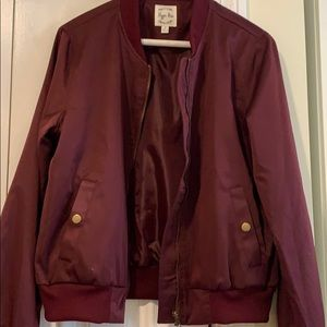 Burgundy lightweight bomber jacket - size medium